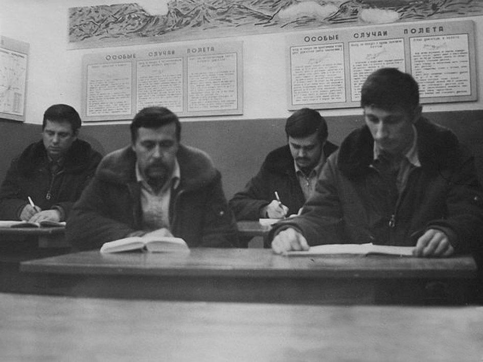 1981. Сирия, авиабаза Тифор. Подготовка к полётам.