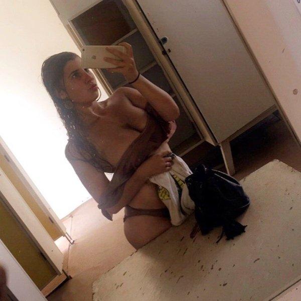 девушки в полотенцах
