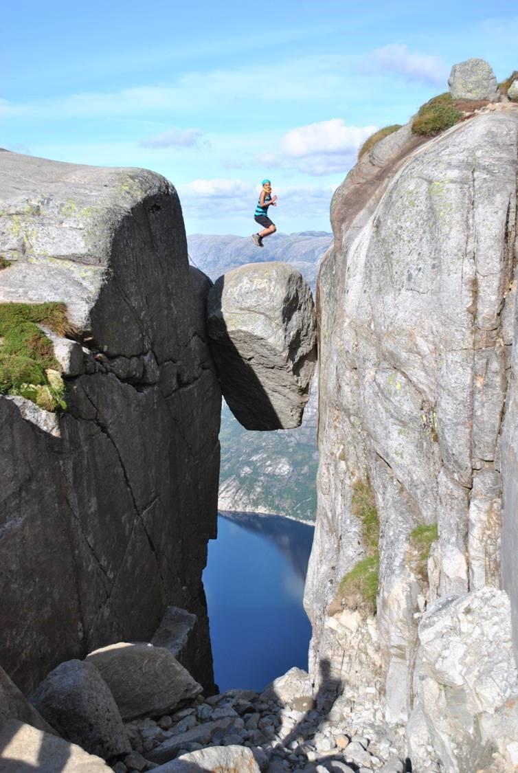прозрачною кьерагболтен самый опасный камень в мире этого числа