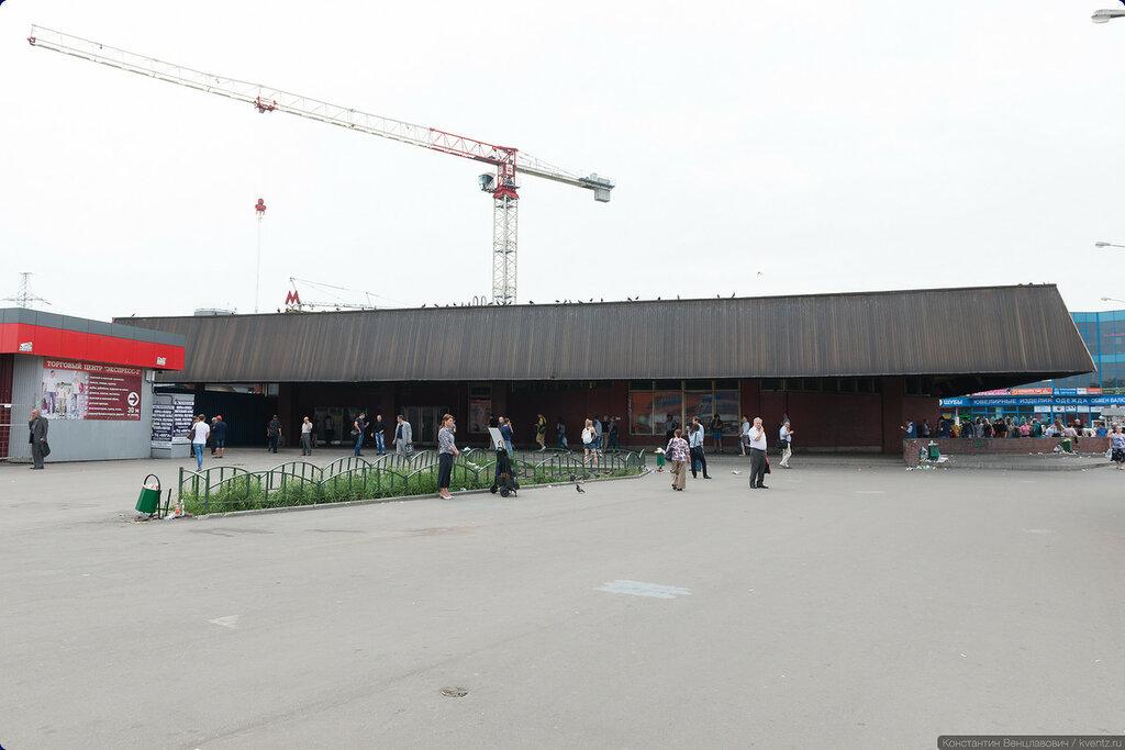 Вестибюль станции Петровско-Разумовская в его современном виде. Будет расширяться влево