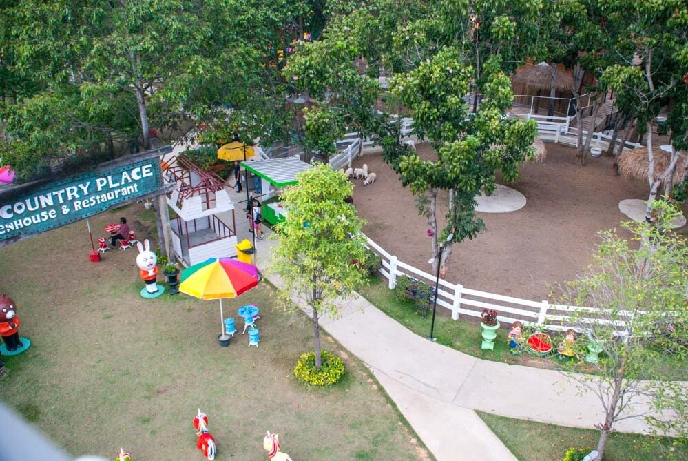 Country Place and Exotic Farm Pattaya