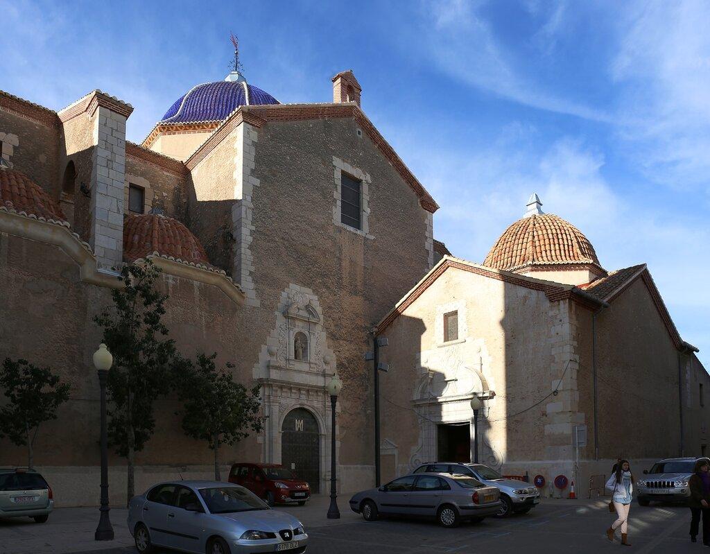 Benicarlo. St Bartholomew's Church (Iglesia de San Bartolomé)
