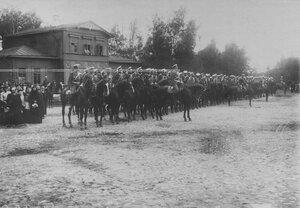 Эскадрон полка в конном строю.