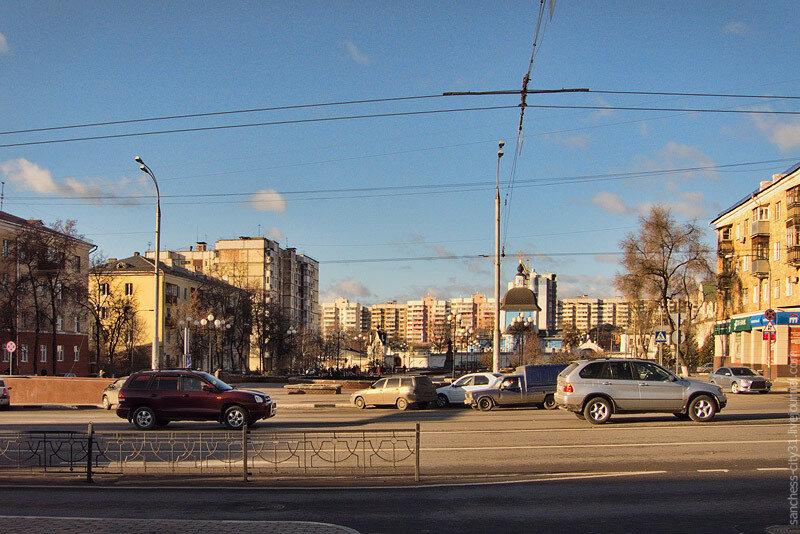 Вид на место, где находился памятник Сталину в Белгороде. Фото Sanchess