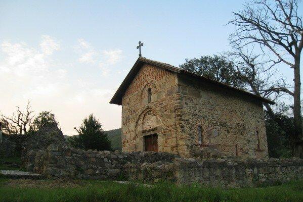Сербия, Косово, церкви