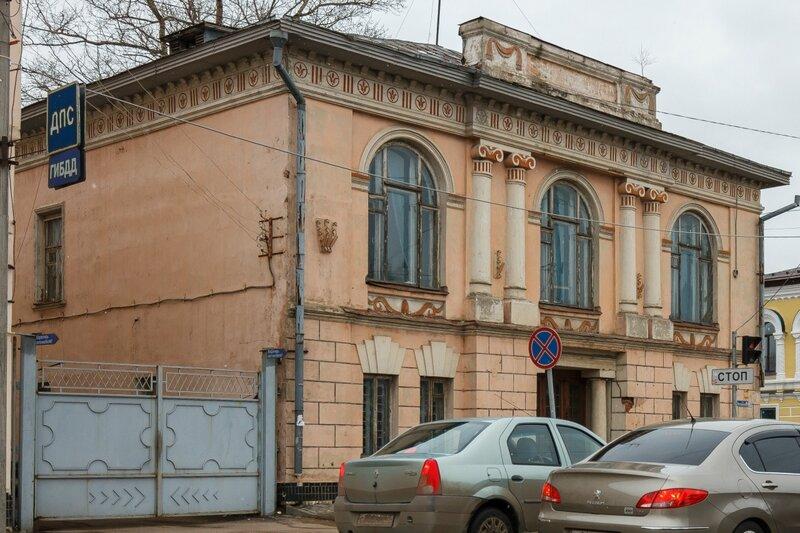Ул. Володарского, 24, здание Городского архива, Кимры