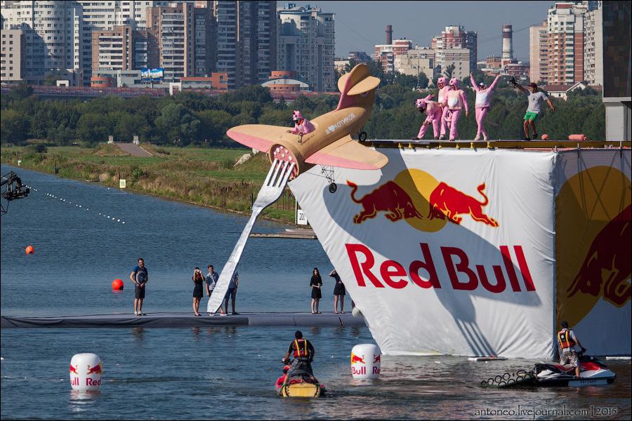Red Bull Flugtag 2019 пройдет в Москве 28 июля!