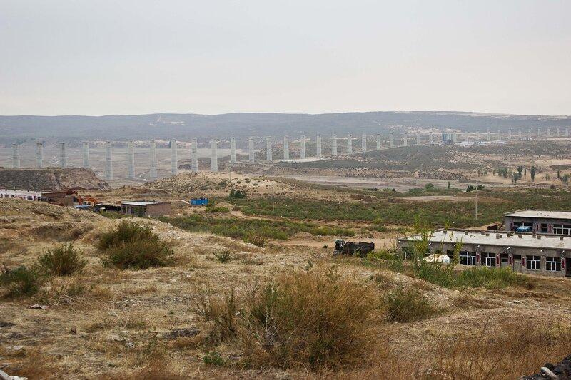 строительство железной дороги в Шулинчжао на плато Ордос, Внутренняя Монголия