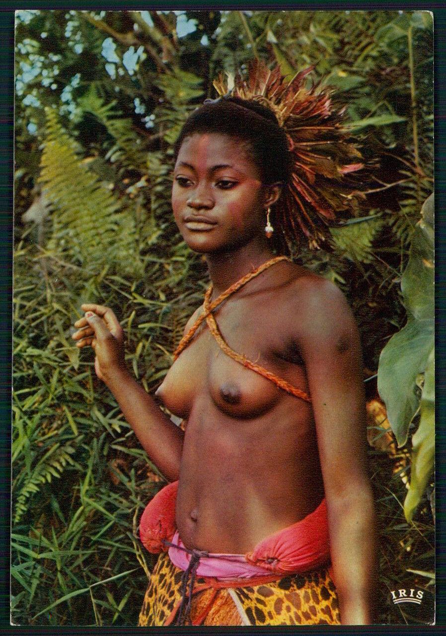 1980-е.  Танцовщица из Анголы