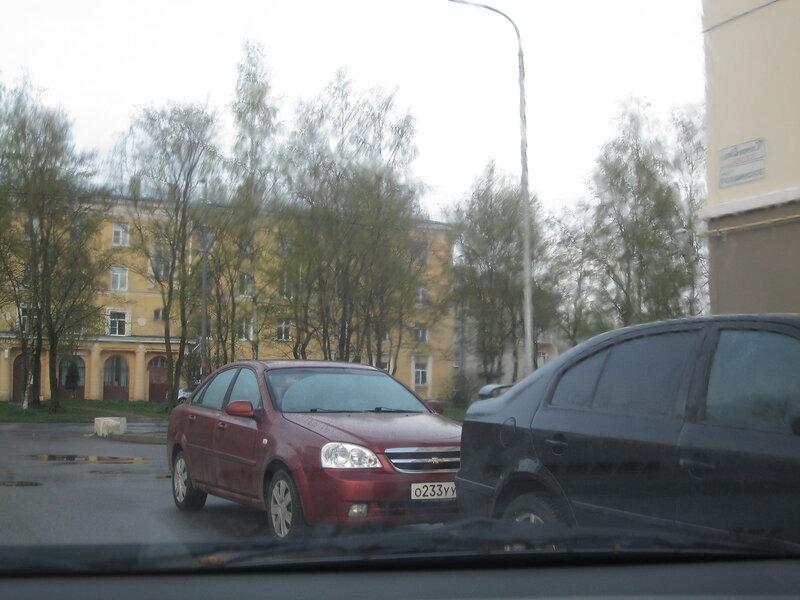 Сталинские жилые дома птицефабрики «Красные зори» в Петродворце.