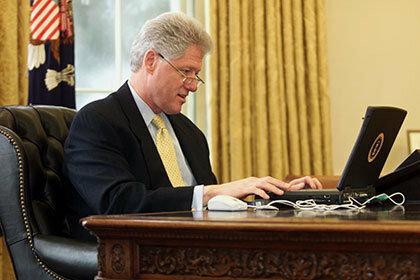 Ноутбук Билла Клинтона был продан за шестьдесят тысяч долларов