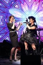 Французская поп-звезда Ysa Ferrer записала дуэт с российской певицей Belka