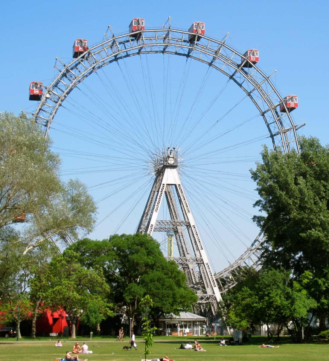 Колесо обозрения (Вена) — построено в 1897 году Вальтером Бассетом. Высота составляет 64,75 метра. Ф