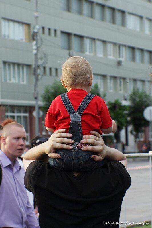 Открытый концерт в честь Дня России, Саратов, площадь Чернышевскго, 12 июня 2014 года