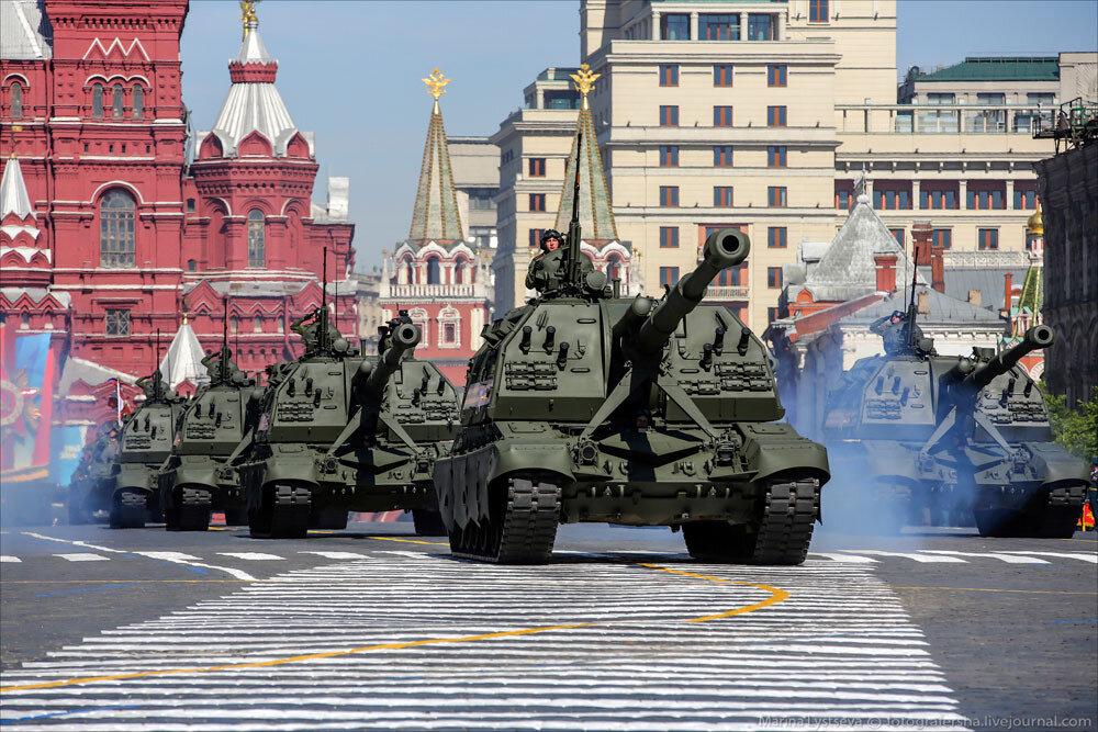 El desfile militar en la Plaza Roja de Moscú celebra la victoria sobre el nazismo 0_c2b92_6d15659c_XXXL