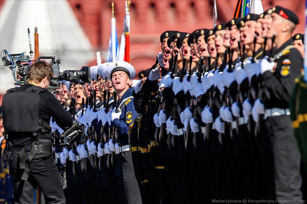 El desfile militar en la Plaza Roja de Moscú celebra la victoria sobre el nazismo 0_c2bb7_4c733b9_XXXL