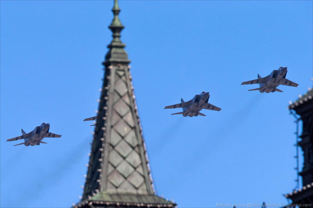 El desfile militar en la Plaza Roja de Moscú celebra la victoria sobre el nazismo 0_c2bc0_c340e3c7_XXXL