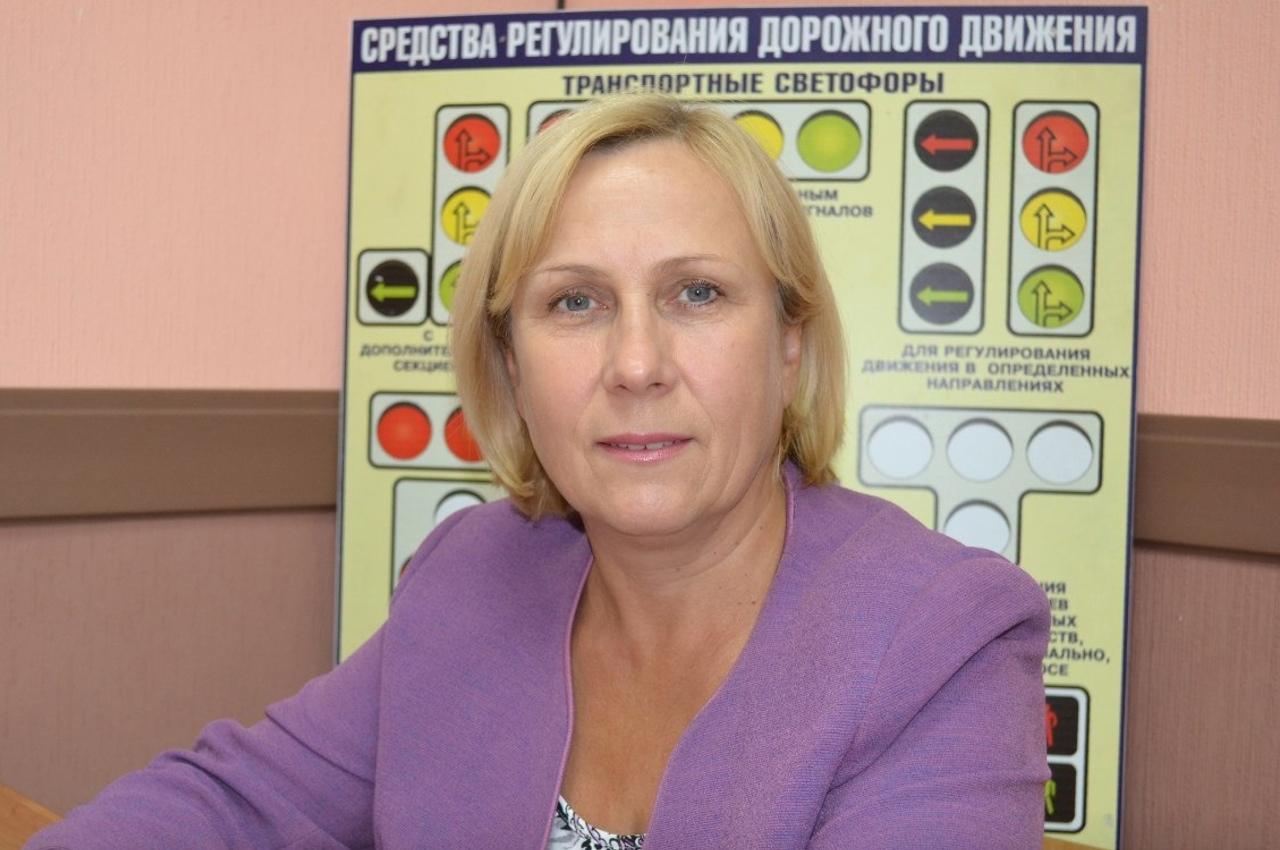 Наш преподаватель по теории (фото с сайта Автошкола-69.рф)
