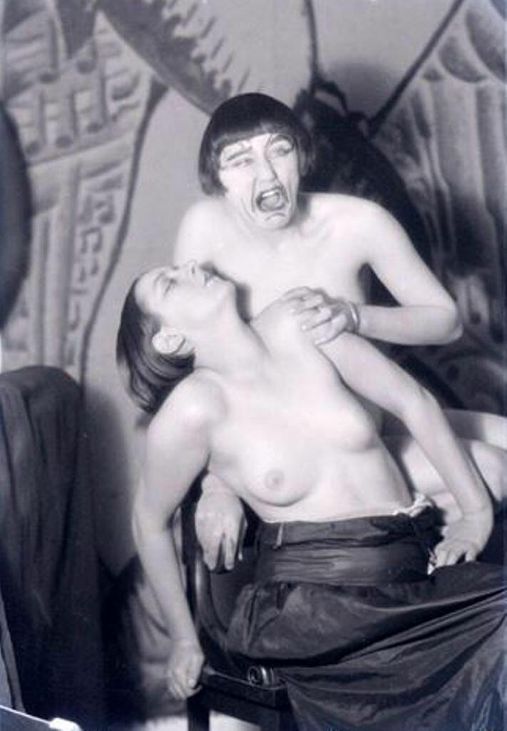 1925. Ман Рэй. Кики с Монпарнаса