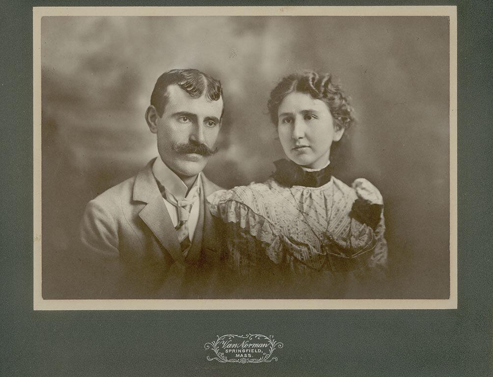 1900. Портрет Х.Бедрасяна и его жены. 6 мая