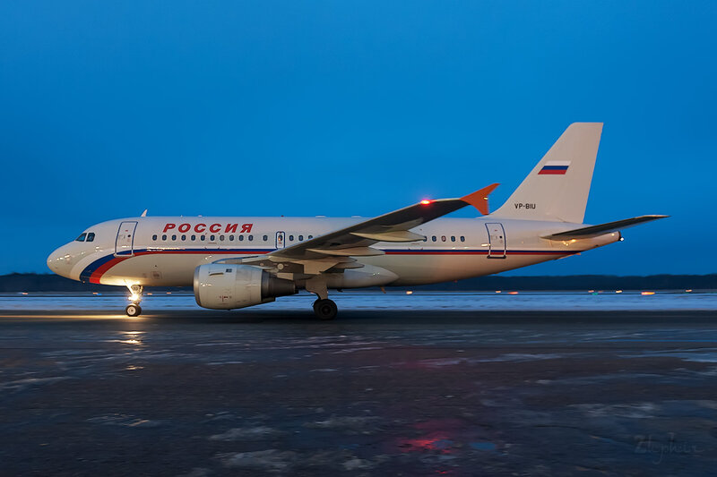 Airbus A319-114 (VP-BIU) Россия D707832