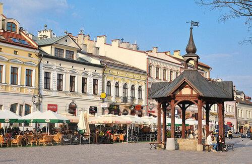 главная часть Жешува - Market Square, сердце города