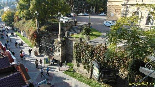 Город Кисловодск, спуск к Курортному проспекту