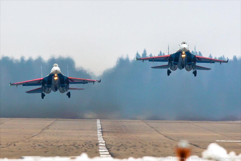 """Escuadrilla acrobatica """"Caballeros Rusos"""" 0_bb381_9f4411c2_XXL"""