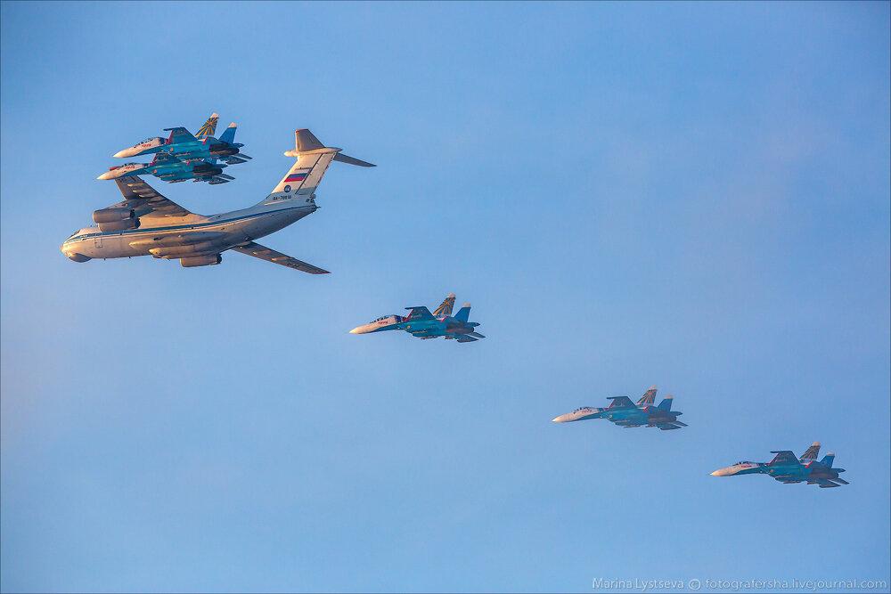 "Escuadrilla acrobatica ""Caballeros Rusos"" 0_bb3cc_813115f6_XXL"