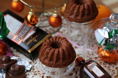 Праздничные шоколадные кексы с Куантро