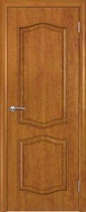 Ламинированная дверь с ручками и петлями