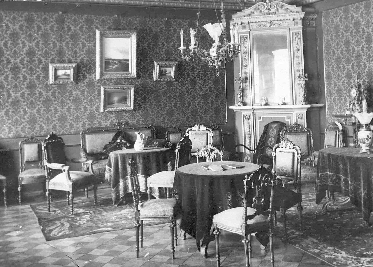 Квартира Колчина. Гостиная