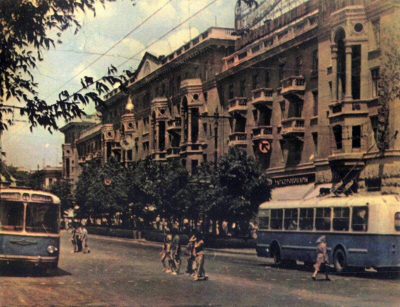 Кишинёв 1964 - на проспекте Ленина.jpg