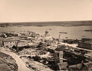Панорама прибрежной части города.