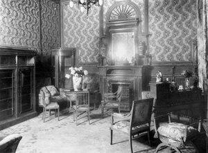 Внутренний вид гостиной (архитекторы В.И.Шене, В.И.Чагин, 1896-1897).