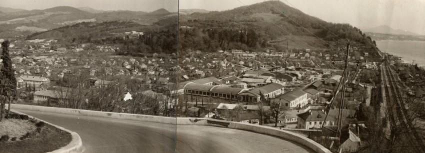 Панорама Дагомыса в 1967 году. На переднем плане - корпуса Дагомысской мебельной фабрики.