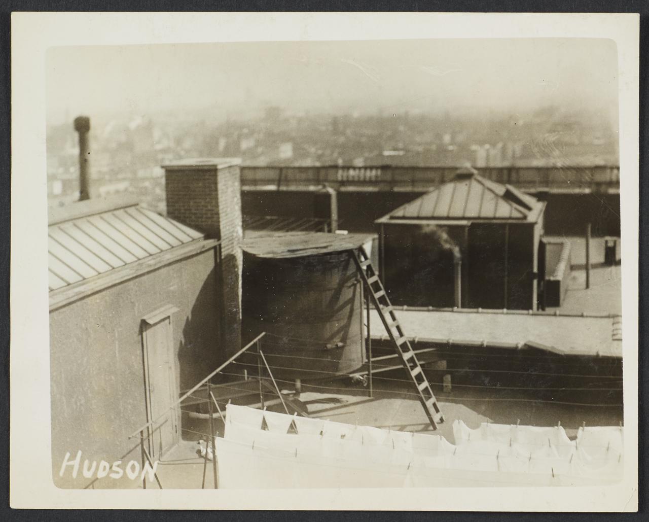 Крыши города. 1912