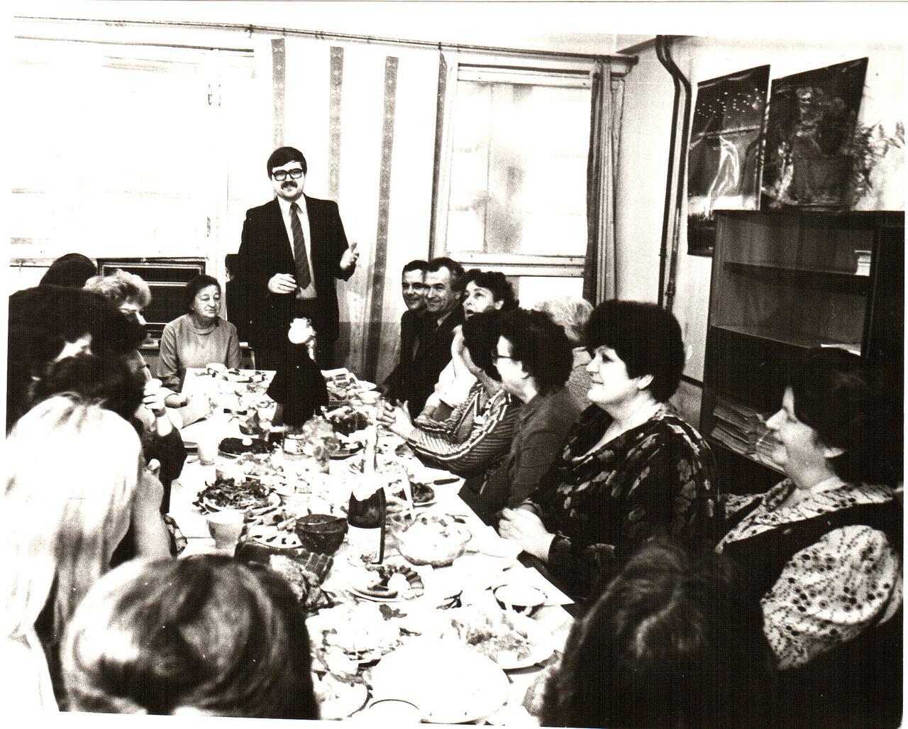 1988. Застолье в редакции газеты Туркменская искра