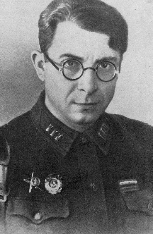 Илья Сельвинский, стихи о войне, стихи о любви