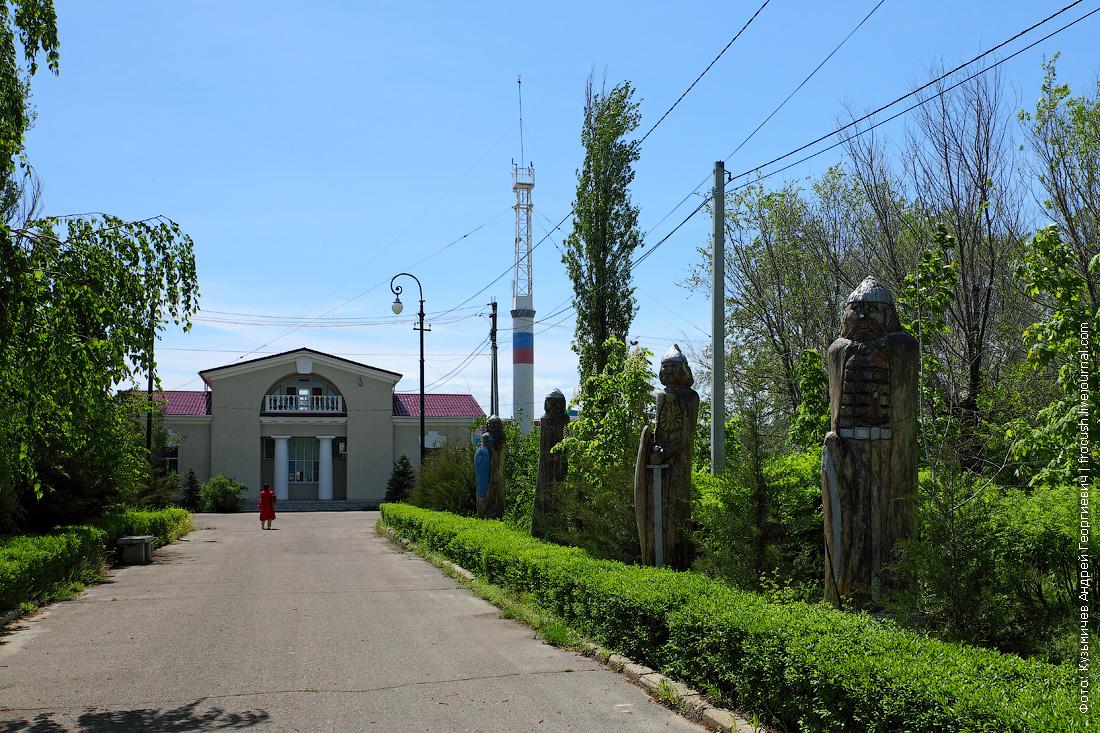 скульптуры злобных татаро-монгол
