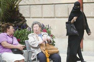 Burka-Verbot-in-Nachbarstaaten-lockt-arabische-Touristen-nach-Bayern-3-.jpg