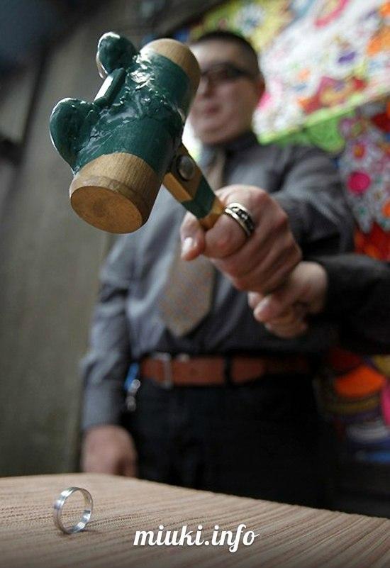 Торжественная бракоразводная церемония в Японии