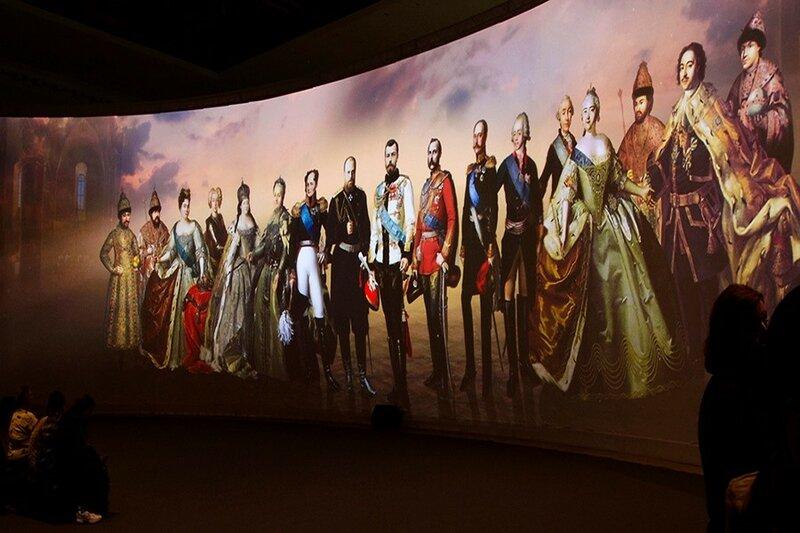 Выставка, посвященная 400-летию династии Романовых в Москве