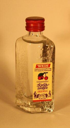 Ликер Weis Schwarzwalder Kirsch Wasser