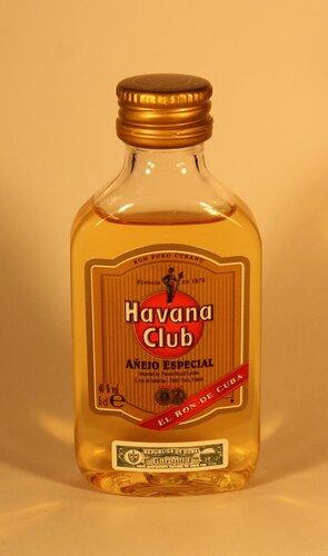 ??? Havana Club Anejo Especial El Ron De Cuba
