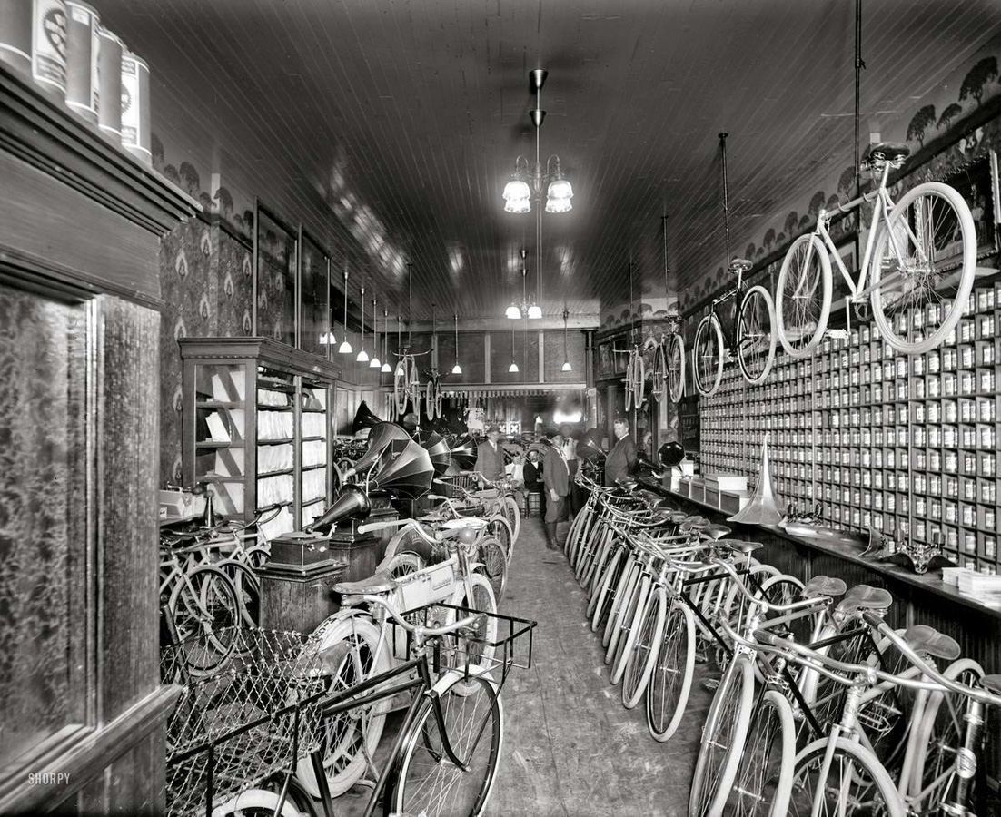 Motocikly-i-motociklisty-pervoj-poloviny-20-veka-24-foto