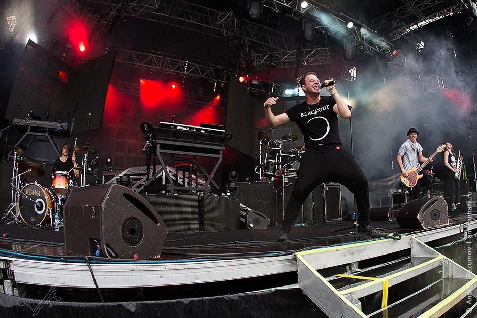 Animal Джаzz на разогреве у Linkin Park