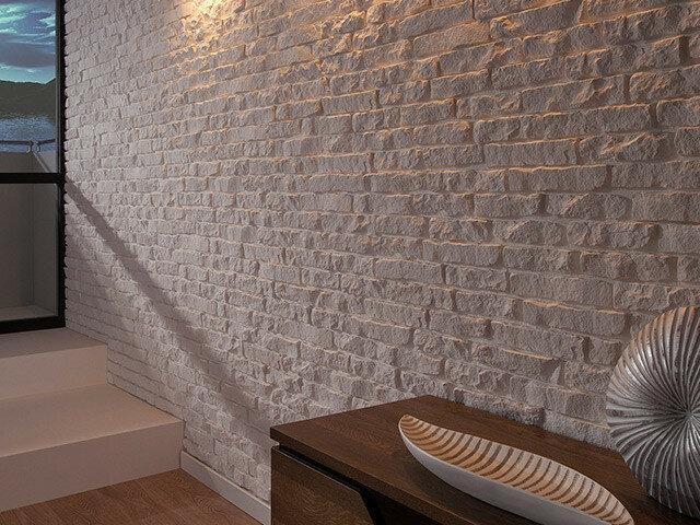 Декоративный камень Сиена в дизайне интерьеров