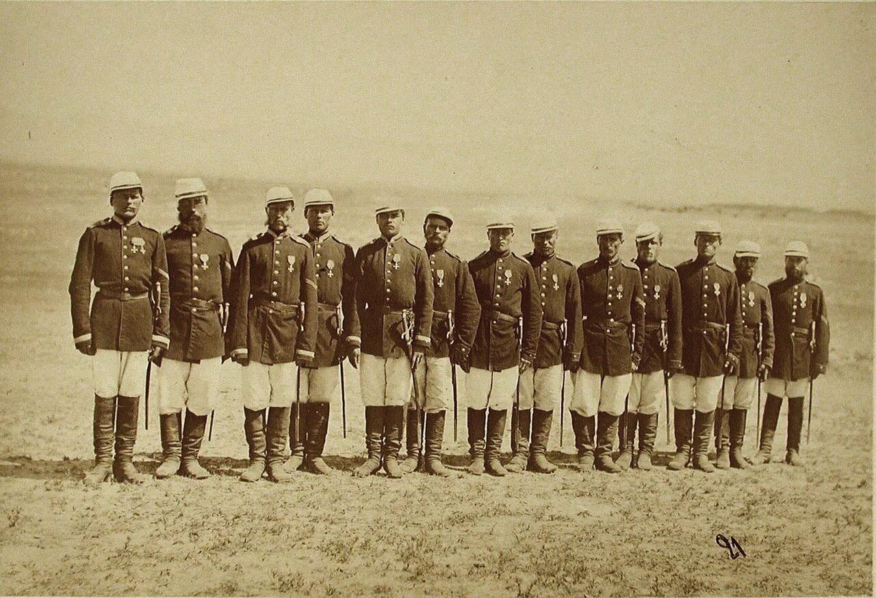 Группа солдат - Георгиевских кавалеров, участвовавших в военной операции