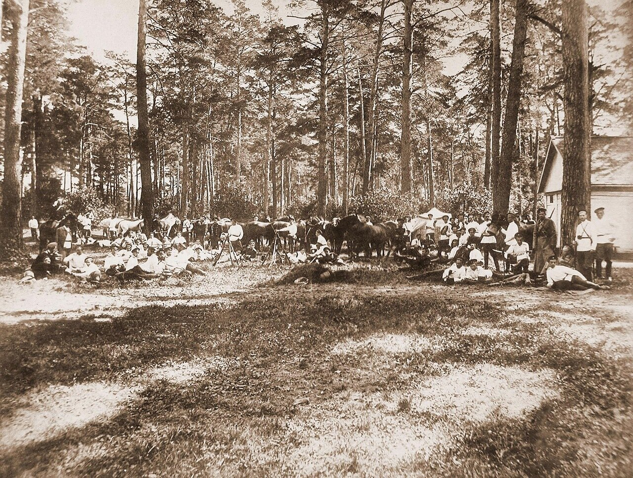 20. Юнкера во время отдыха на биваке